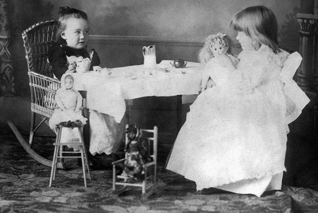 doll tea party.jpg