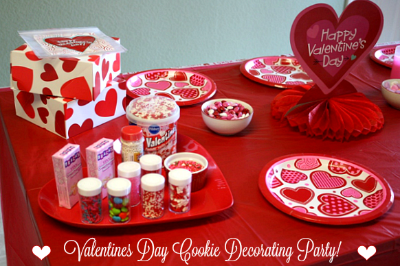 valentine cookie party 031.png